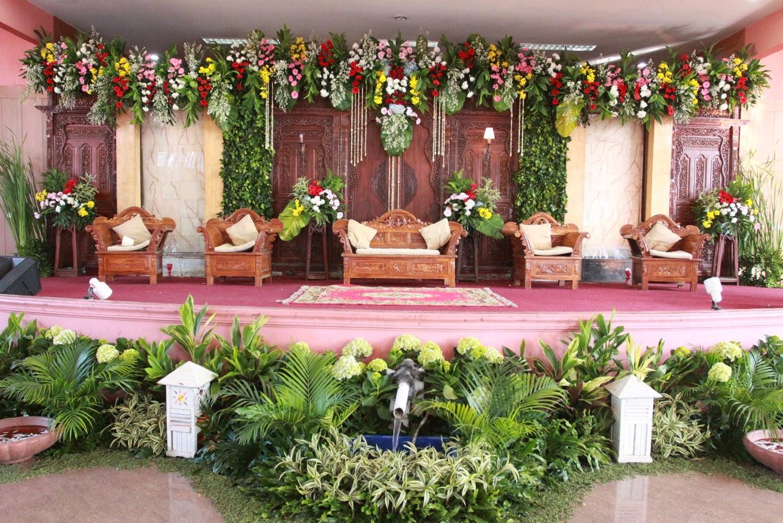 dekorasi bunga pelaminan